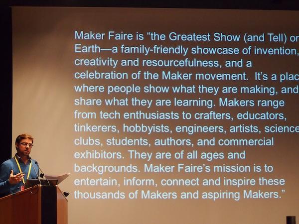 """Auch weitere (internationale) Beispiele wie das erfolgreiche Konzept von """"Maker Faire"""", ein Start-Up aus dem englischsprachigen Raum das auf lokale Interaktion & Kreativität setzt und heute weltweit jährliche Veranstaltungen organisiert, sind präsentiert worden. Ian Brunswick aus Dublin: www.sciencegallery.com"""