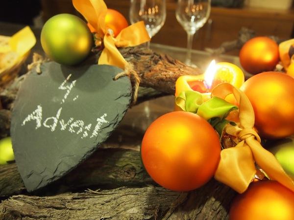 Advent, Advent, ein Lichtlein brennt (oder zwei, oder drei, oder vier): Wenn am letzten Sonntag vor Weihnachten im ganzen Haus Kerzen duften und die Dekoration das Sagen hat, ist es Zeit die Augen zu schließen und vielleicht mit dem einen oder anderen Gläschen die Jahreszeit zu begießen.