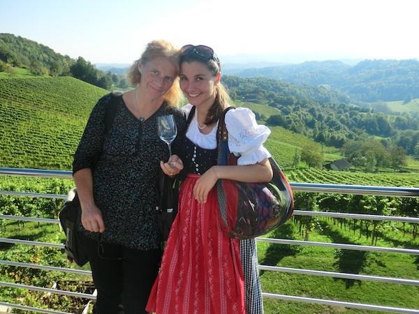 In Kooperation mit österreichischen Tourismus-Destinationen fanden im Jahr 2012 über 10 individuelle Blog-Trips statt, wie zum Beispiel im Oktober zum Weinherbst an die Südsteirische Weinstraße.