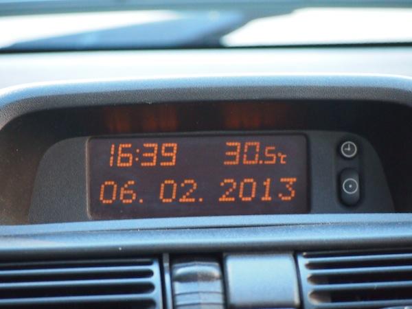 Am 6. Februar bei 30.5°C eine Taxi-Fahrt durch das sommerliche Buenos Aires genießen ... für Nordhalbkugler ein wunderschöner Anblick. :D