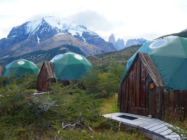 Heute Nacht schlafe ich hier: Hütte / Zelt? Nr. 5 mit Blick auf Torres del Paine ... Wow.!