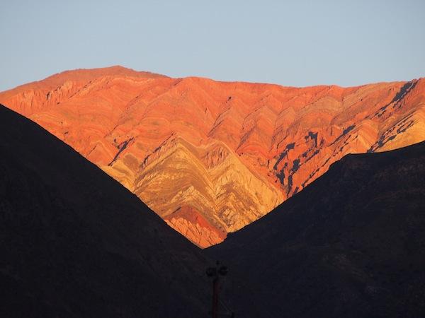 Der berühmte Quebrada-Canyon, Welterbe der Menschheit, im Licht der untergehenden Sonne ... faszinierend.