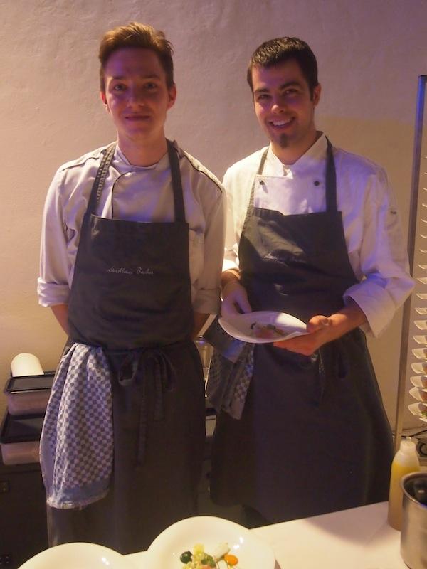 ... an alle Köche, Küche & Service-Mitarbeiter, die hier mitgewirkt haben und den Abend zu einem für uns unvergesslichen Event gemacht haben!