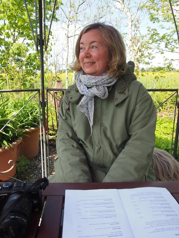 Die charmante Elke Weiler, wie sie leibt & lebt!