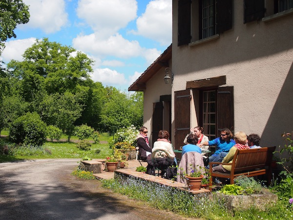 The family house on the outskirts of Limoges: Would you not like to come here for a holiday?! Just too beautiful!