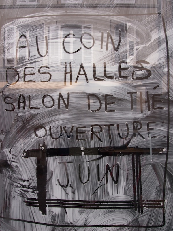 "Back in town, Anne-Laure's friend Claire Chadelaud is about to open her very own café, ""Au Coin Des Halles""! Be sure not to miss it next time you are in Limoges, ""at the corner of Les Halles market""."