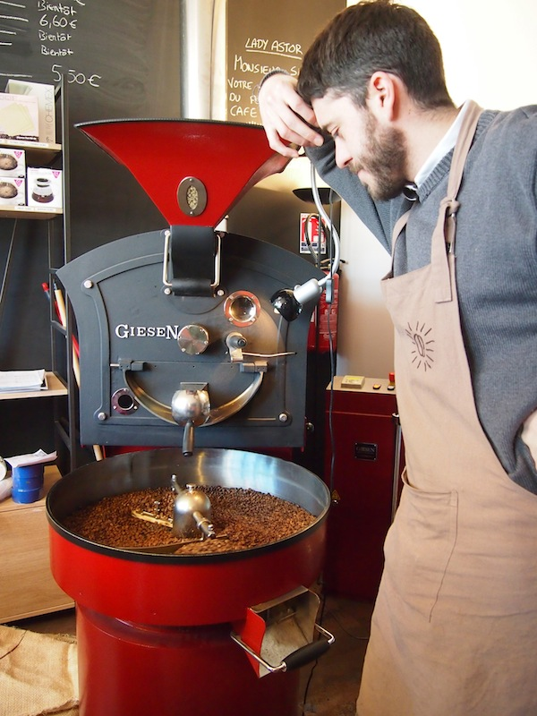 "Here, the owner grinds his own coffee filling the air with beautiful aromas: ""This is why I have taken you here"", Anne-Laure smiles."