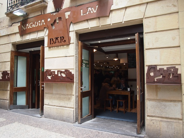 In from the harbour at the top of the city's large bay, I stroll around only to stumble upon this delightful tapas bar.
