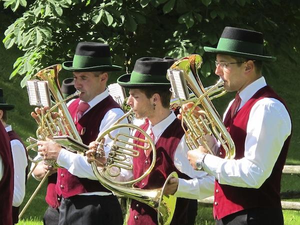 """Noch mehr """"Gipfelklaenge"""": Regionale & internationale Musiker beim Staraufgebot im Mostviertel."""