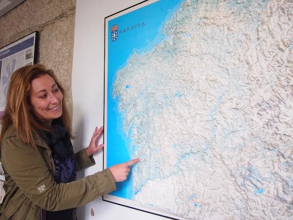 """Meine Freundin Sandra Touza, vom Kreativ-Netzwerk Galiziens """"Ponle Cara Al Turismo"""", zeigt mir """"ihr"""" Vigo & Galizien in nur drei Tagen - von der Hafenstadt Vigo bis ins Landesinnere und Santiago de Compostela."""