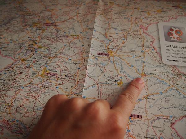 Deutschland ist groß. Los geht es für mich in der Stadt Regensburg, von dort nach Aschaffenburg, Trier, Loreley - Oberes Mittelrheintal, Köln & Essen.