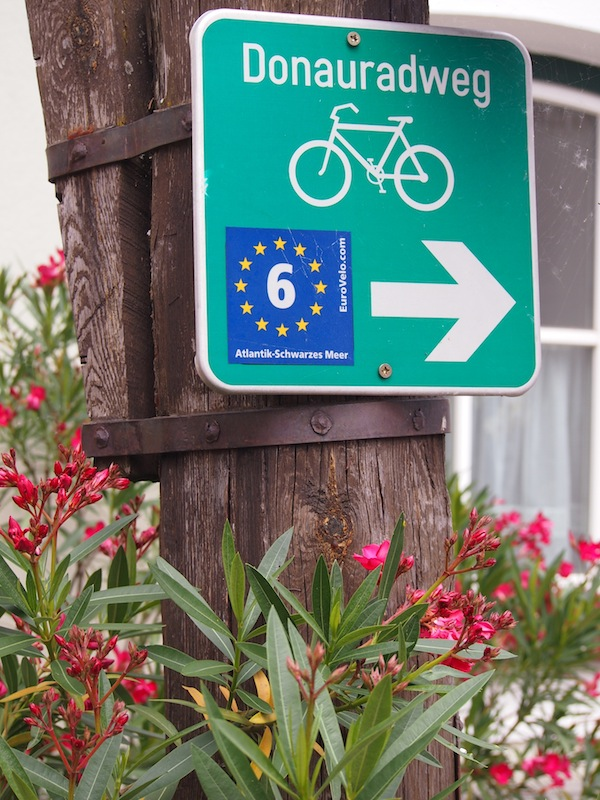 In order to burn off all calories and to enjoy the landscape, we recommend renting a bike along the Danube bicycle trail.