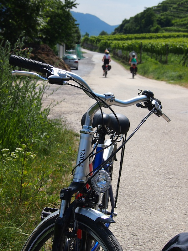 Cycling delights: Countless photo opportunities beckon us to linger and stop on the way, taking in the beautiful surrounding local landscapes.