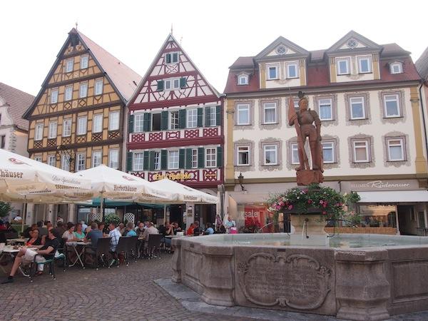 """Am Vorabend meines Seminars zum Thema """"Reiseblogger & Kulturtourismus"""" besichtige ich das schöne Städtchen Bad Mergentheim."""