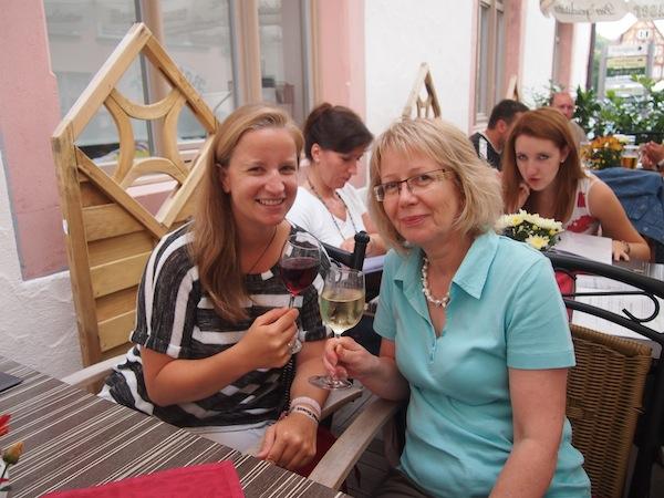 """Karin, vielen Dank für die wunderbare Gastfreundschaft !! Euren """"Tauber Schwarz"""" habe ich als Wein-Fan ebenfalls sehr genossen :)"""