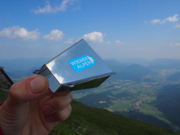 """Ausgestattet mit dem sogenannten """"Wiener Alpen Viewer"""" legen wir los ..."""