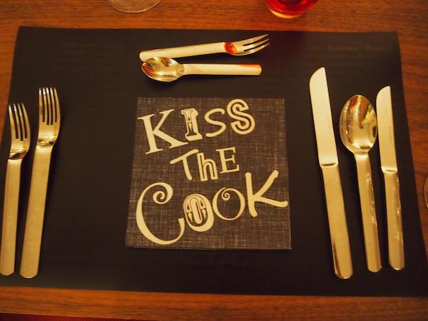 Kiss The Cook: Beständige Heiterkeit bei Ferdinand Hladik & seinem Team!