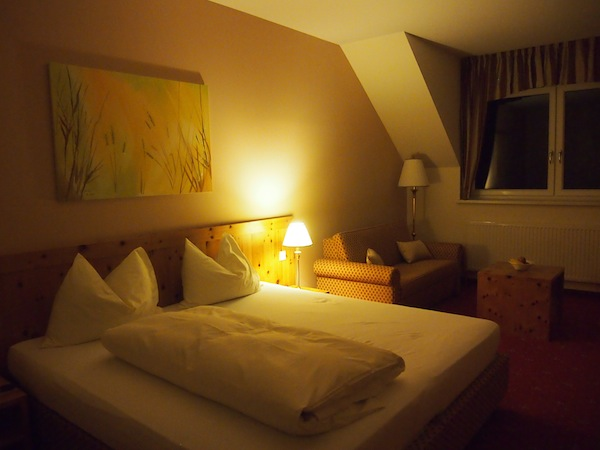 Good night: We are relaxing in the cosy & comfy Geniesserzimmer in Lower Austria.