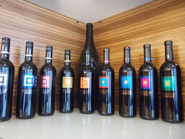 ... und uns bei der Verkostung reichlich nachschenken lassen: Top-Weine aus der regionalen Winzerfamilie Gager.