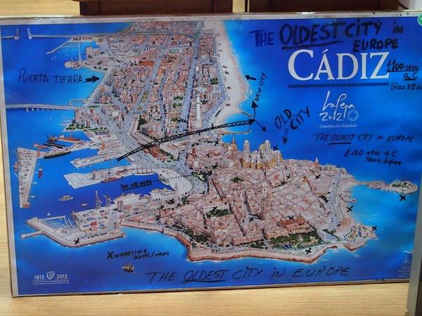 Cadiz selbst ist tatsächlich zum größten Teil vom Meer umgeben ... nur eine dünne Landzunge verbindet die Stadt mit dem Festland an der südwestlichsten Spitze Spaniens, nahe der Grenze zu Portugal.