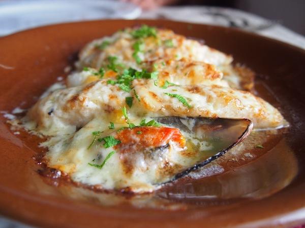 Überbackene Muscheln & frischer Fisch schmelzen auf der Zunge ...