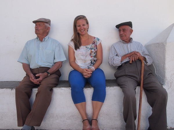 """Reisen ganz nach meinem Geschmack: Hier beim Gespräch mit den """"Ureinwohnern"""" der Stadt Vejer De La Frontera. Nice ;)"""