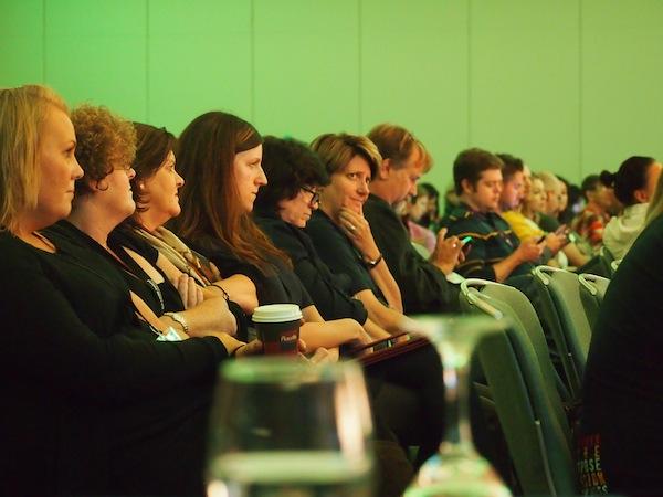 Gespannte Stimmung in Dublin: Zahlreiche namhafte Vertreter aus der Medien- & Online-Reisebranche teilen ihr Wissen auf der TBEX in Dublin 2013.