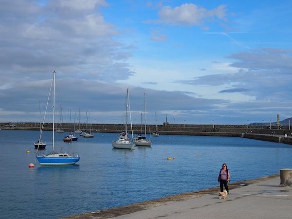 Die Ruhe eines milden, 18°C warmen Sonntag-Morgens in Dublin im Oktober ... Was für ein Glück mit diesem schönen Wetter im Rahmen unseres Besuches in Irland!
