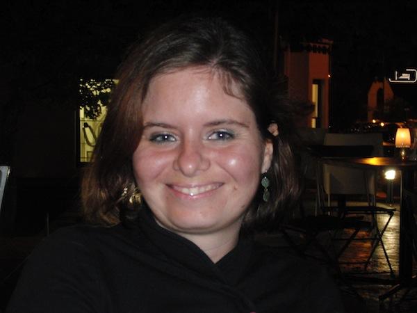 In diesem Beitrag stelle ich Euch heute meine Reisefreundin, Autorin & Co-Bloggerin Antonia vor. Antonia stammt ursprünglich aus München und ist vor fast 10 Jahren ans Kap gezogen - auch oder gerade weil es sich dort prima leben lässt. Wie, das verrät sie uns in diesem Beitrag aus ihrem Leben in Südafrika!
