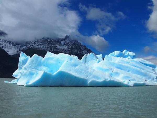 Das tiefblaue Gletschereis im Nationalpark Torres del Paine im Süden Chiles beeindruckt mich auch heute noch ungemein.