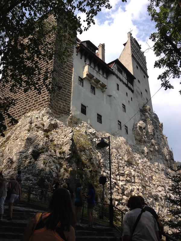 Wer sich traut, kann im Dracula-Schloss (um viel Geld) eine Nacht verbringen.