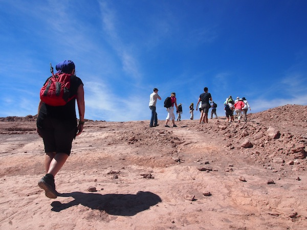 """In der Atacama-Wüste, rund 5.000 Kilometer weiter nördlich, sieht die Landschaft dann so aus. Wir begeben uns hier übrigens in das """"Tal des Todes"""" - viel Spaß sag ich da nur. ;)"""
