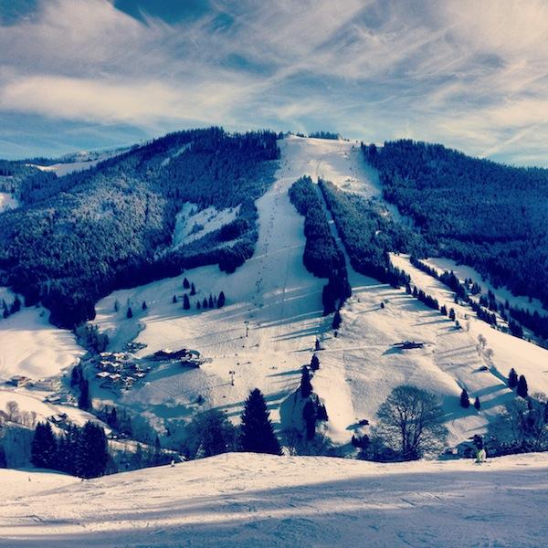 Blick auf den perfekten Hang in der Hochkönig-Skiwelt.