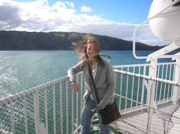 """Wenig später heißt es auch schon wieder Abschied nehmen von Wellington & der Nordinsel - zumindest fürs Erste: Meine Zeit bei """"Creative Tourism New Zealand"""" beginnt, das Hauptquartier befindet sich auf der Südinsel des Landes. Auf mit der Fähre von Nord nach Süd also!"""
