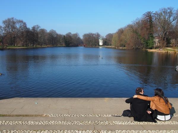 ... nur um an diesem See Platz zu nehmen, welcher gleich hinter dem Schlosspark beginnt. Was für ein wunderschöner Tag in Berlin!