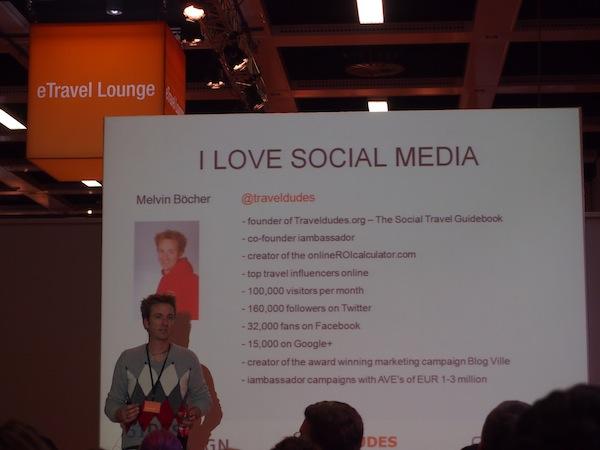 Auch Melvin Böcher, Gründer der erfolgreichen Reiseplattform www.TravelDudes.org, spricht über Social Media und die Macht der #Hashtags (Keywords) im Internet.