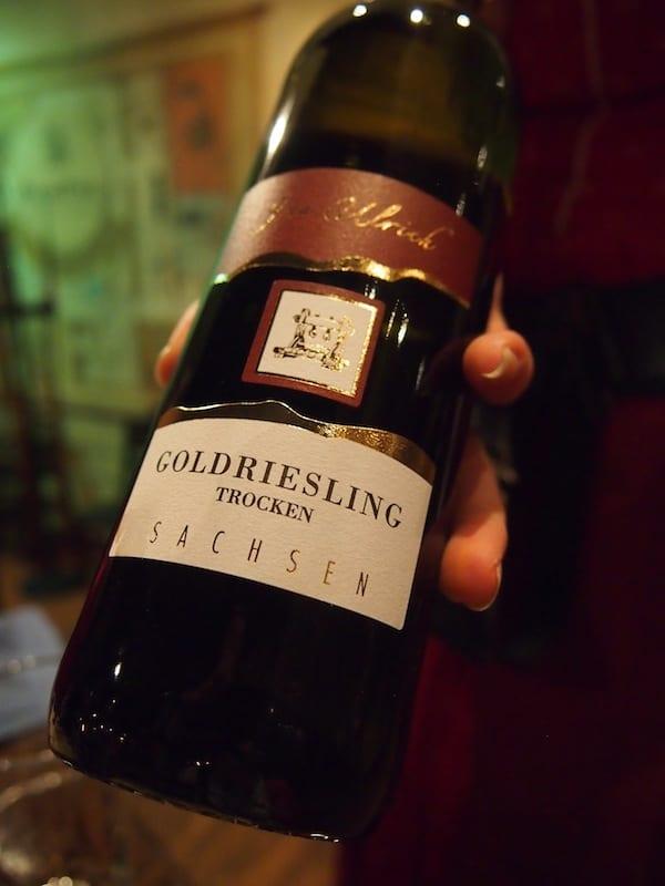 """Hier wird """"Goldriesling"""" aus der Region ..."""