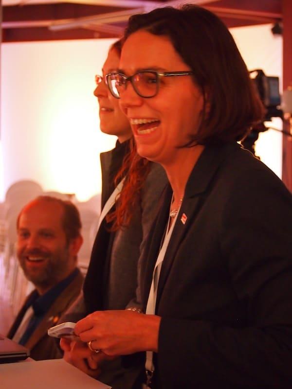 Ulrike Rauch-Keschmann und ich treffen uns hoffentlich schon bald wieder zum Gespräch in Wien. Vielen Dank, liebe Ulrike für Deinen großartig moderierten Vortrag beim ÖW Tourismustag in Bad Tatzmannsdorf!