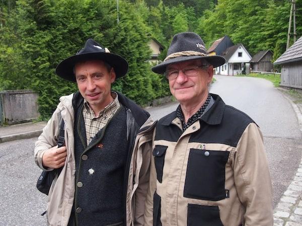 Beim Besuch der Schauschmiede in Ybbsitz werden wir von unserem S.E.P.P. (links im Bild) sowie diesem Herrn freundlichst empfangen.