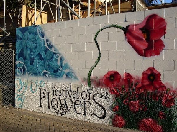 Schon damals mochte ich die Street Art Graffiti-Szene der Stadt ...