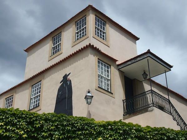 """Zu Besuch bei der """"Original-Stätte"""" von Sandeman, nahe der Stadt Pinhao im Douro-Tal von Portugal."""