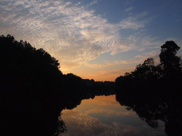 ... oder dem Betrachten eines faszinierenden Sonnenunterganges: Hier kann man wirklich wunderbar Urlaub machen.