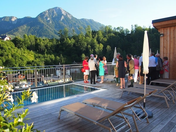 Ankommen & die Magie des Ausseerlandes spüren: Zum Beispiel auf der Dachterrasse des traumhaften SKY Spa im Hotel Erzherzog Johann.