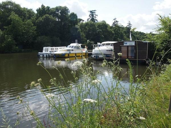 Romantik pur: Noch lässt der Blick vom Ufer nicht erahnen, wie wir uns gleich anstellen werden ...