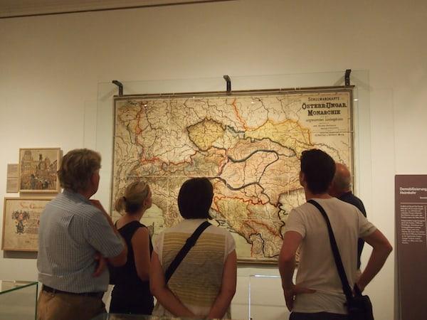 """Die Ausstellung """"Jubel & Elend"""" gibt bis ins kleinste Detail Aufschluss über Geschichte & Verlauf des 1. Weltkrieges ..."""