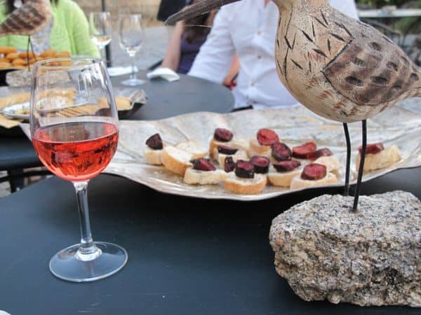 Verkostung von Chorizo und Roséwein – die ersten Genüsse der regionalen Küche!