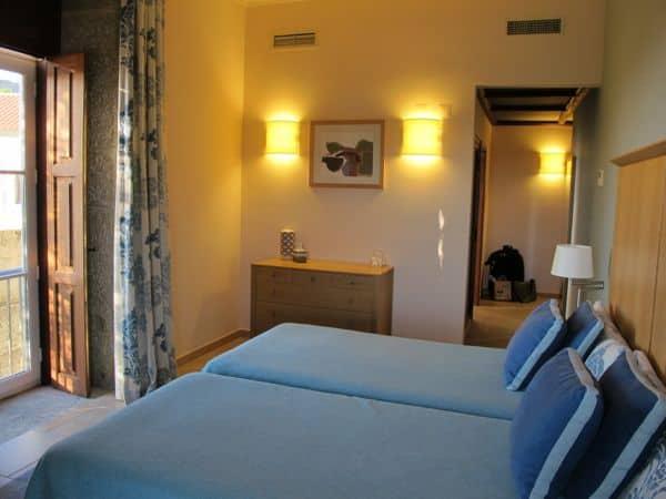 Sehr elegant untergebracht – im Hotel Inatel in Linhares da Beira