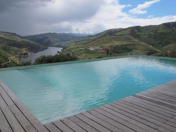 Quinta do Crasto hoch über dem Douro – ein toller Platz zum Wein verkosten ...