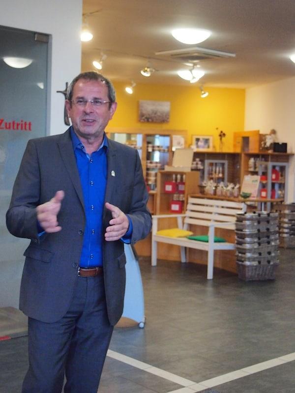 Willkommen im SonnenMoor: Gastgeber und Unternehmer mit (gesundheitlichem) Weitblick Siegfried Fink!