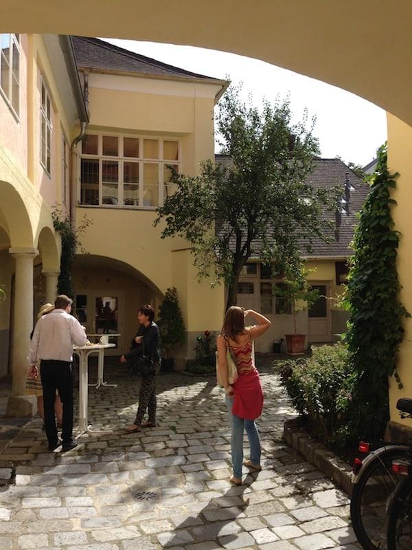 Oder auch hier: In diesen schönen Innenhof in Krems habe ich noch nie zuvor einen Fuß gesetzt! Danke für den Tipp, liebe Lucia!